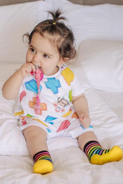 ανατομικά παπούτσια για βρέφη και παιδιά Attipas Rainbow Yellow