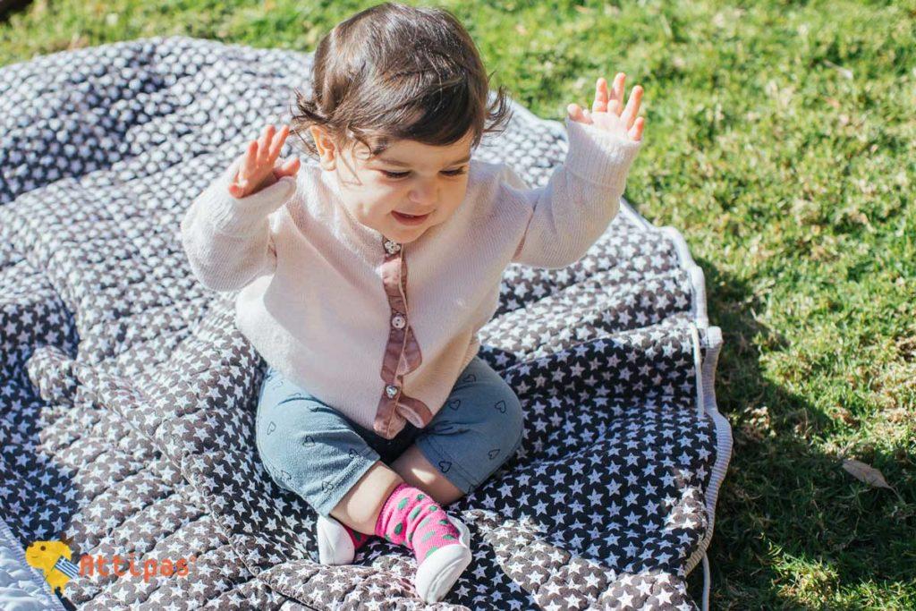 ανατομικά παπούτσια για βρέφη και παιδιά Attips Polka Pink