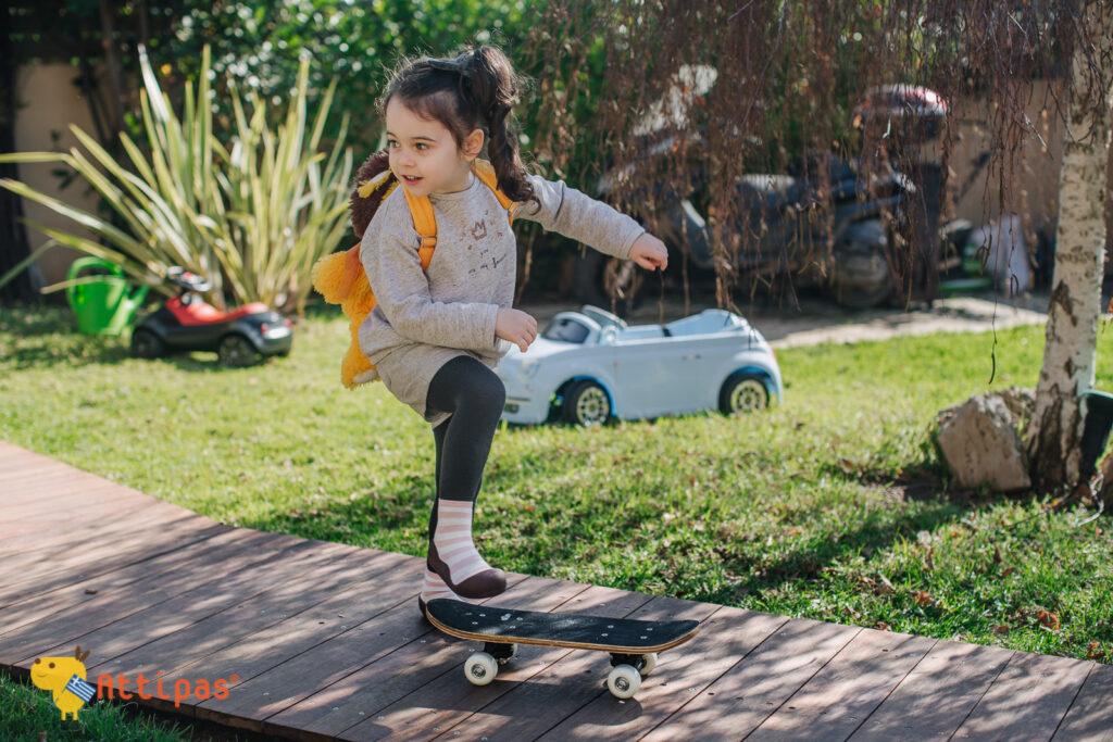 παπούτσια για τον παιδικό σταθμό και το παιχνίδι
